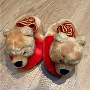Winnie the Pooh baby slippers size 2